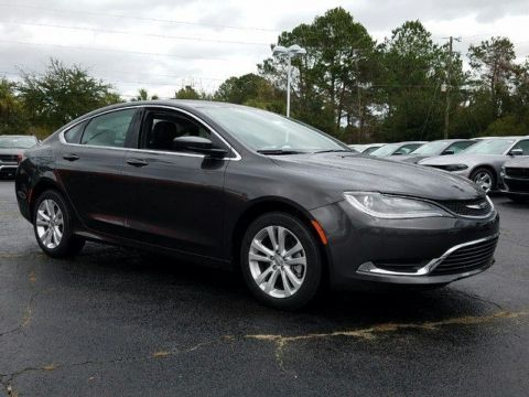 New 2017 Chrysler 200 Limited Platinum
