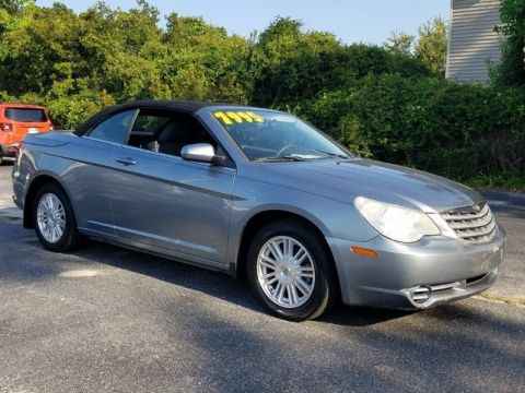 Pre-Owned 2009 Chrysler Sebring Touring