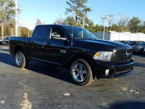 New 2017 Ram 1500 ST 4WD