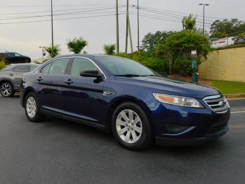 Pre-Owned 2011 Ford Taurus SE