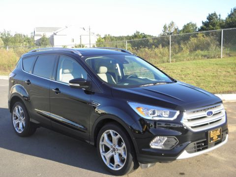 New 2018 Ford Escape Titanium With Navigation