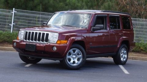 Pre-Owned 2007 Jeep Commander Sport 4WD