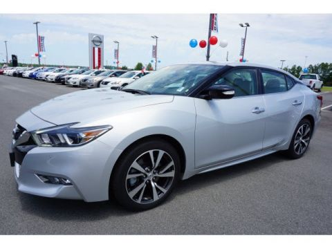 Certified Pre-Owned 2017 Nissan Maxima SV With Navigation