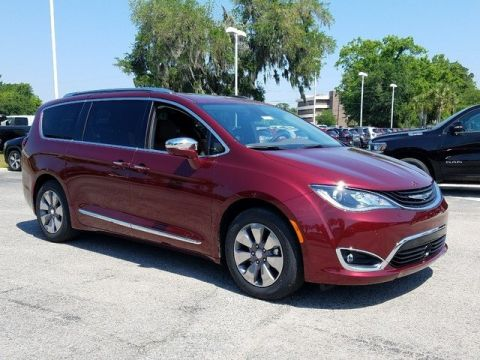 New 2018 Chrysler Pacifica Hybrid Limited