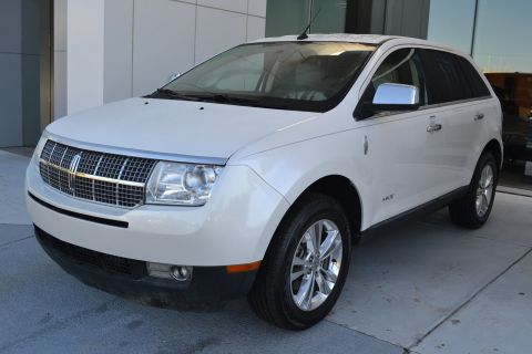 Pre-Owned 2010 Lincoln MKX Base With Navigation & AWD