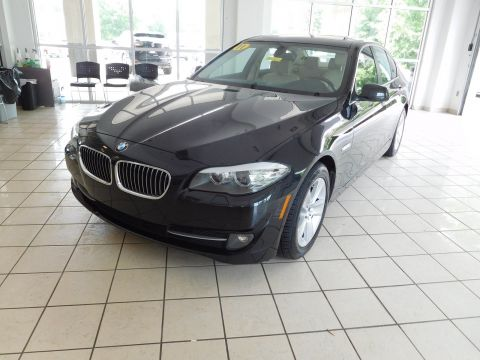 Pre-Owned 2011 BMW 5 Series 528i With Navigation