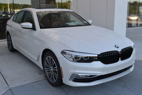 New 2018 BMW 5 Series 530e iPerformance With Navigation