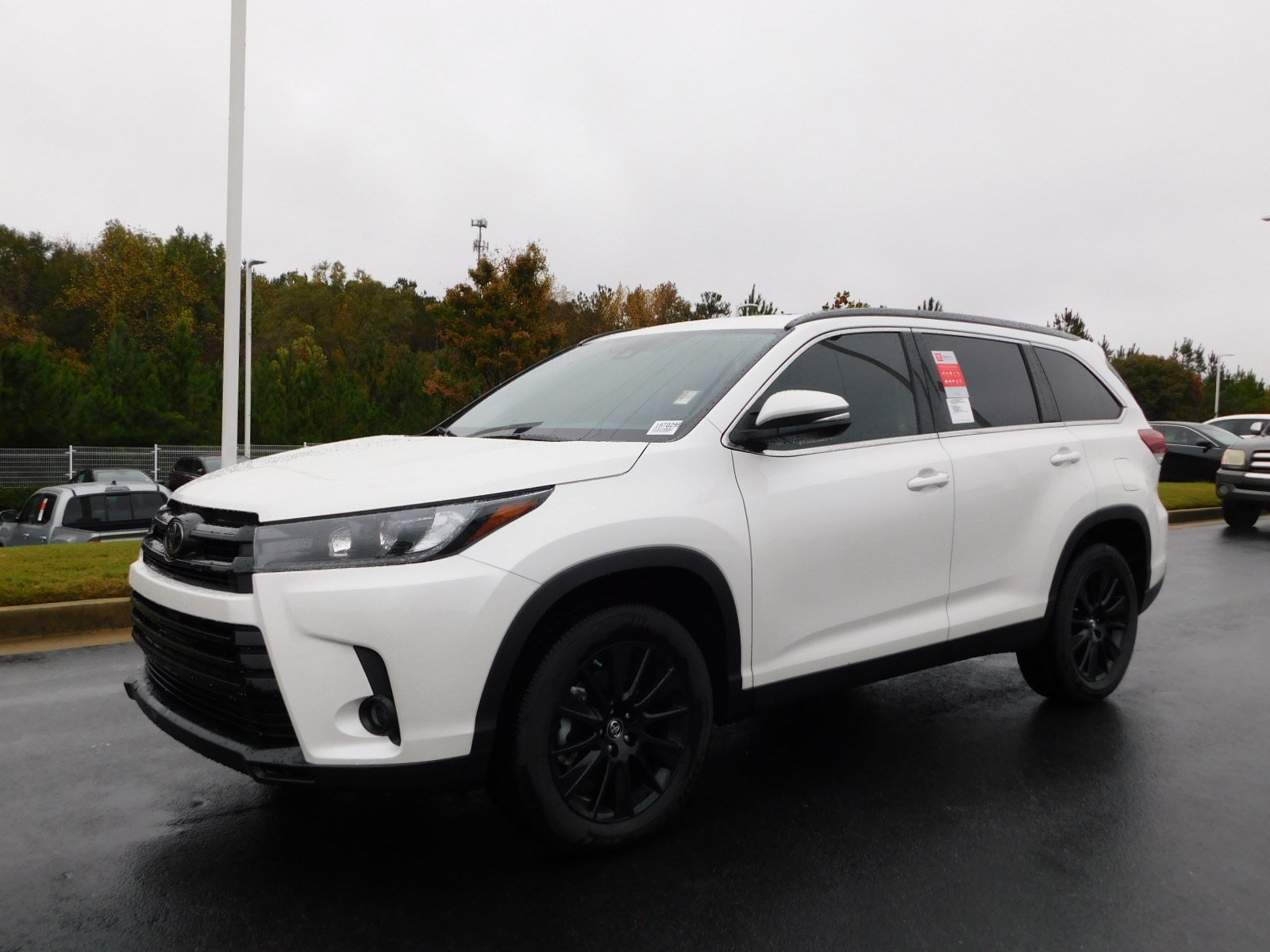 New 2019 Toyota Highlander Se Sport Utility In Macon S553095