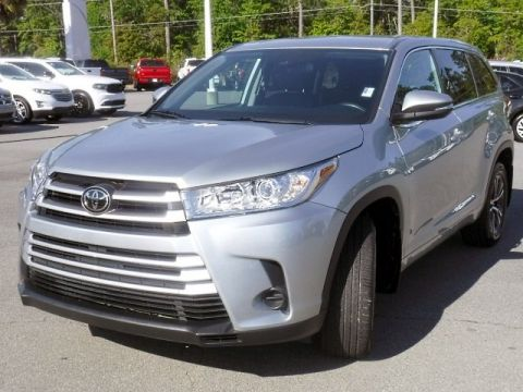 Certified Pre-Owned 2018 Toyota Highlander LE AWD